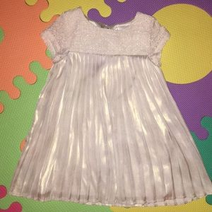3 for $20 ❤️ Gold dress for baby girls